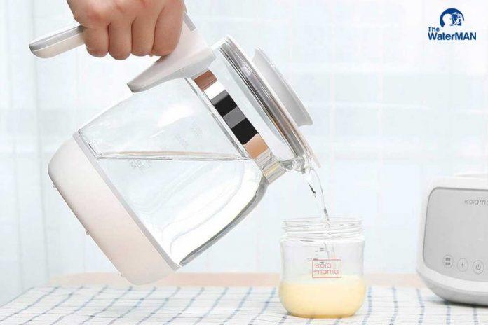 Loại nước phù hợp để pha sữa cho bé